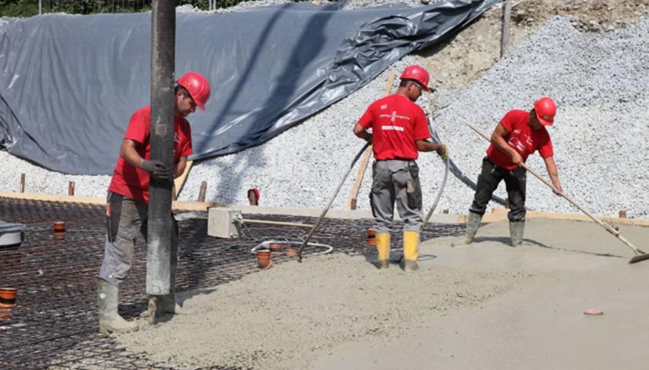 Bodenplatte Betonieren So Wird S Selbst Gemacht Bauen De