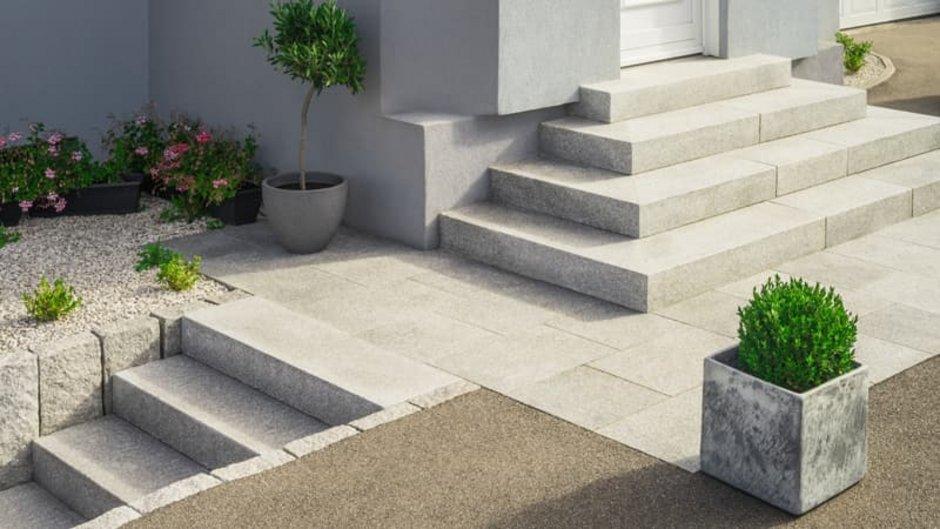 Treppe, Pyramidentreppe, Foto: Fotoschlick / stock.adobe.com