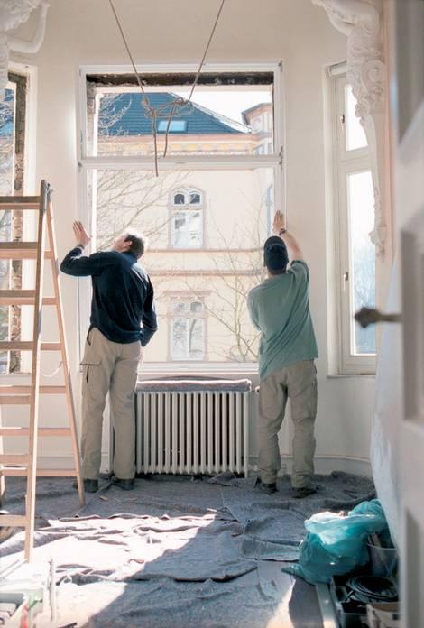 Fenster einbauen, Foto: LBS