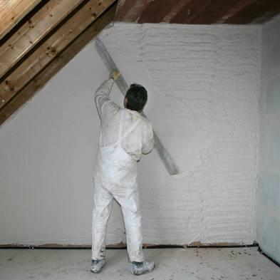 Wand verputzen, diy, selber machen, Maschinenputz abziehen, Foto: Jochen Tack / imago