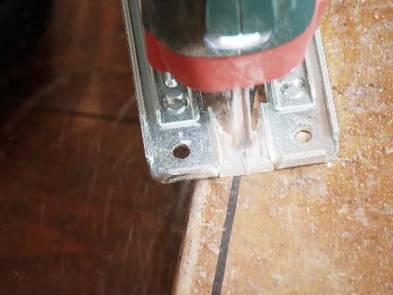 Laminat auf Treppen verlegen, Trittstufen kürzen, Foto: BHK Holz- und Kunststoff KG H. Kottmann