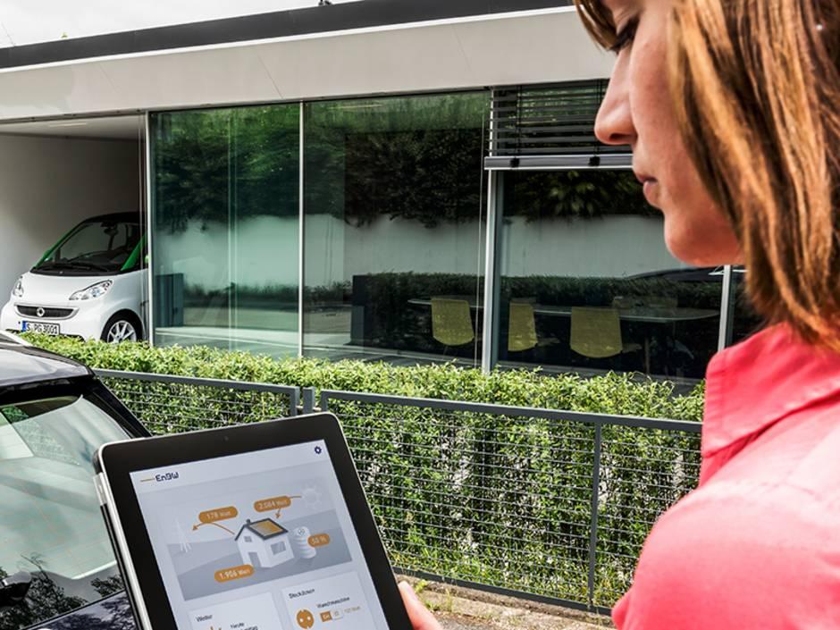 Batteriespeicher, Solarstrom speichern, App, Foto: Daimler AG