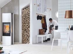 Heizen mit Holz, Foto: Contura