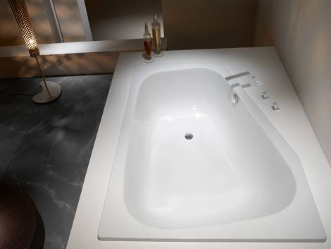 Badewanne, Material, Stahlemaille. Foto: Kaldewei