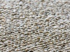 Teppich verlegen, Schlingenteppich, Foto: bluedesign / stock.adobe.com