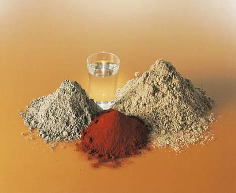 Dachsteine, Bestandteile, Sand, Zement, Wasser, Pigmente, Foto: Monier Braas GmbH