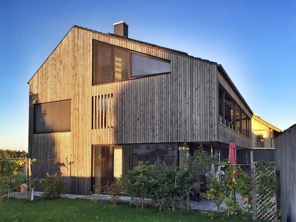 Holzhaus, Holzfassade, Foto: ah_fotobox / fotolia.de
