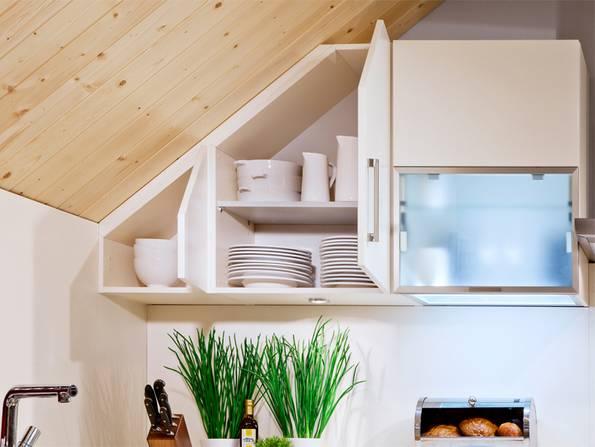 Küche, Dachschräge, Küchenscharnk, Foto: Kempfle Küchen