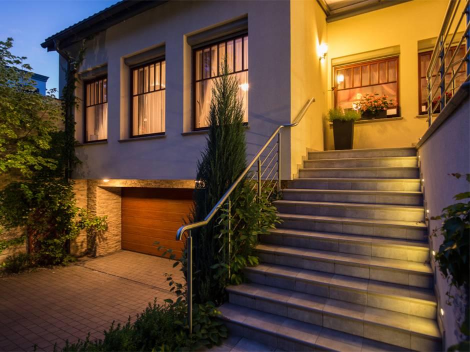 Außenbeleuchtung Wege Wände Und Garten Optimal Ausleuchten