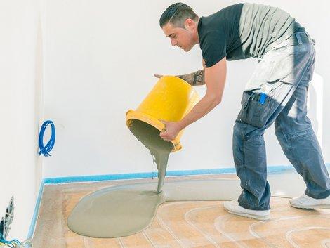 Teppich verlegen, Untergrund zum Verlegen vorbereiten, Foto: karepa / stock.adobe.com