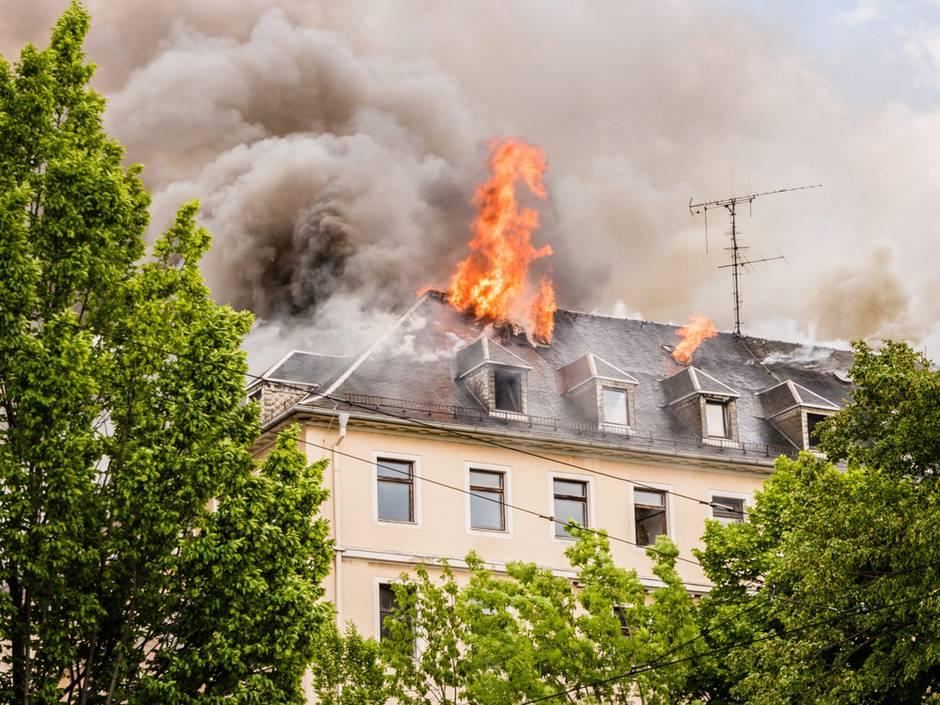 Brandschutz, brennender Dachstuhl. Foto: animaflora/fotolia.com