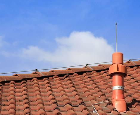 Blitzableiter, Blitzschutzanlage, Gewitter, Blitz, Foto: Initiative ELEKTRO+