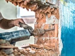 Sanierung, Kernsanierung, sanieren, Renovierung, renovieren, selber machen, Foto: istockphoto.com / GregorBister