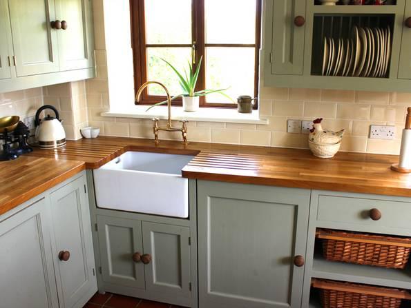 Küche, Landhauskücher, Holzküche, Foto: mtreasure/iStock