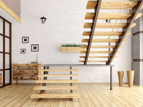 Treppenbau, DIN 18065, Holztreppe steht frei im Raum, Foto: stock.adobe.com / Vadim Andrushchenko