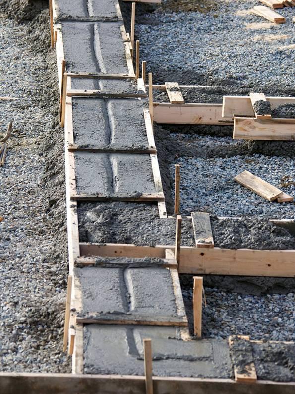 Streifendundament, Beton, aushärten, trocknen, Foto: ivan_sabo – fotolia.com