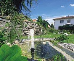 Gartenteich anlegen, Teich im Garten, Foto: OASE GmbH