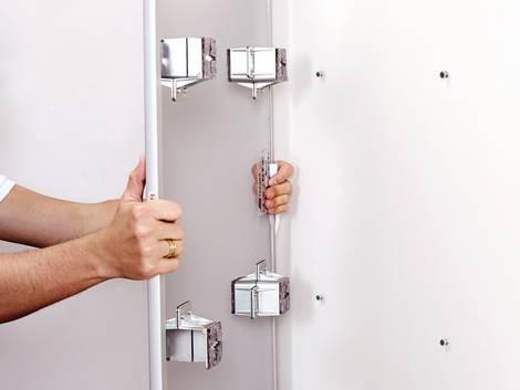 Infrarotheizung, aufhängen, Montage, Foto: elektroheizung.com