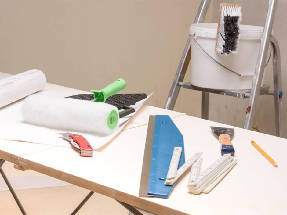 tapezieren tapete aussuchen material berechnen und. Black Bedroom Furniture Sets. Home Design Ideas