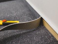 Teppich verlegen, Teppichleiste anbringen, Foto: Andrey Gonchar / stock.adobe.com