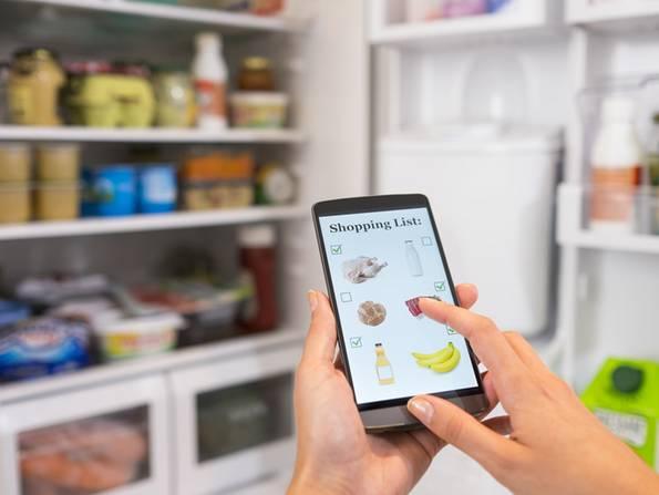 Smart Home, Kühlschrank, mit dem Handy einkaufen, Foto: Idprod / fotolia.com