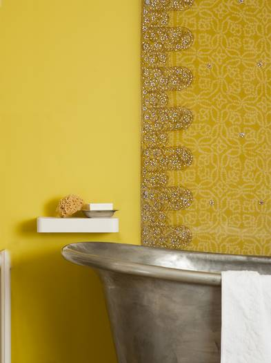 Bad renovieren, Badrenovierung, Badezimmer modernisieren, Wandfarbe, Foto: Dulux