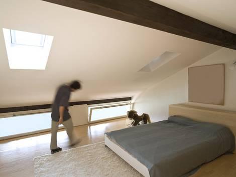 Dachausbau, Dach ausbauen, Dachgeschossausbau, Fenster, Kniestock, Foto: alexandre zveiger - Fotolia.com