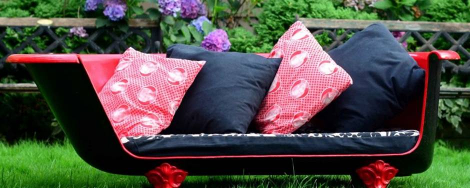 Recycling-Möbel, DIY, Badewannen-Sofa, Foto: greenmoxie.com