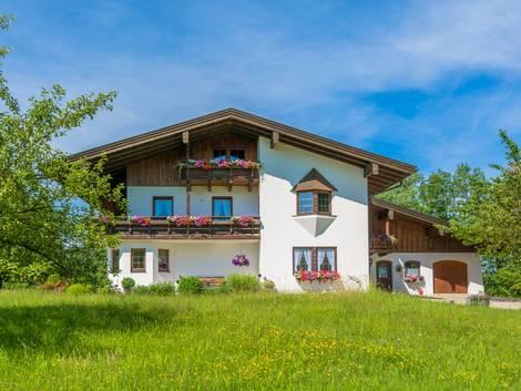 Grenzbebauung, Abstandsflächen, Landhaus, Foto: schulzfoto / fotolia.com