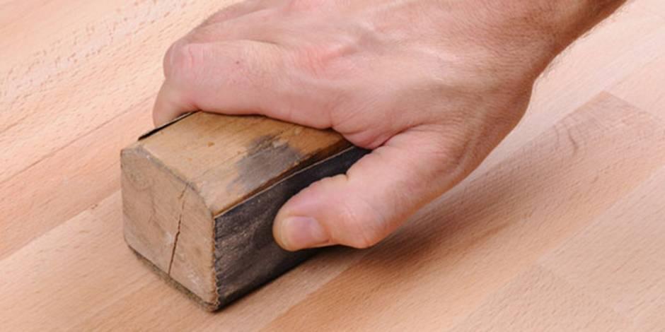 ▷ Kratzer im Parkett entfernen ▷ So einfach geht\'s - bauen.de