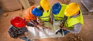 Baupartner, Hausbaupartner, Architekt, Generalunternehmer, Fertighaushersteller, Bauträger, Foto: luckybusiness - fotolia.com