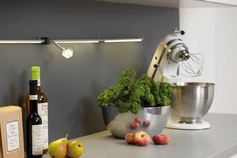 Küche verschönern, Beleuchtung, Lichtleiste, Foto: Paulmann