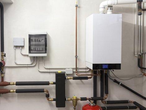 Gebäudeenergiegesetz, GEG, Gasheizungsanlage im Keller, Foto: caifas / stock.adobe.com