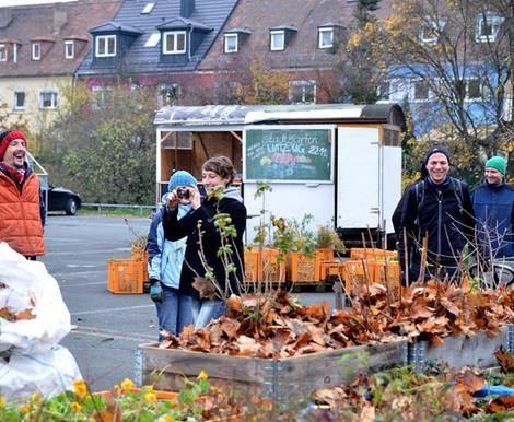 urban gardening 4 gemeinschaftsg rten in deutschland. Black Bedroom Furniture Sets. Home Design Ideas