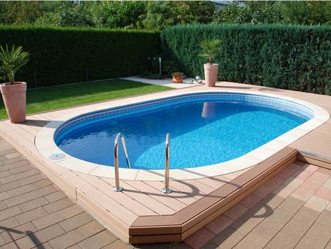 Swimmingpool, Pool selber bauen, Polyesterbecken, Foto: Dirk Bösel - Fotolia.com
