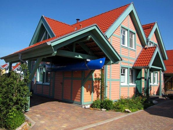 Carport bauen, modernes Fachwerkhaus mit Carport, Foto: henryn0580 / stock.adobe.com