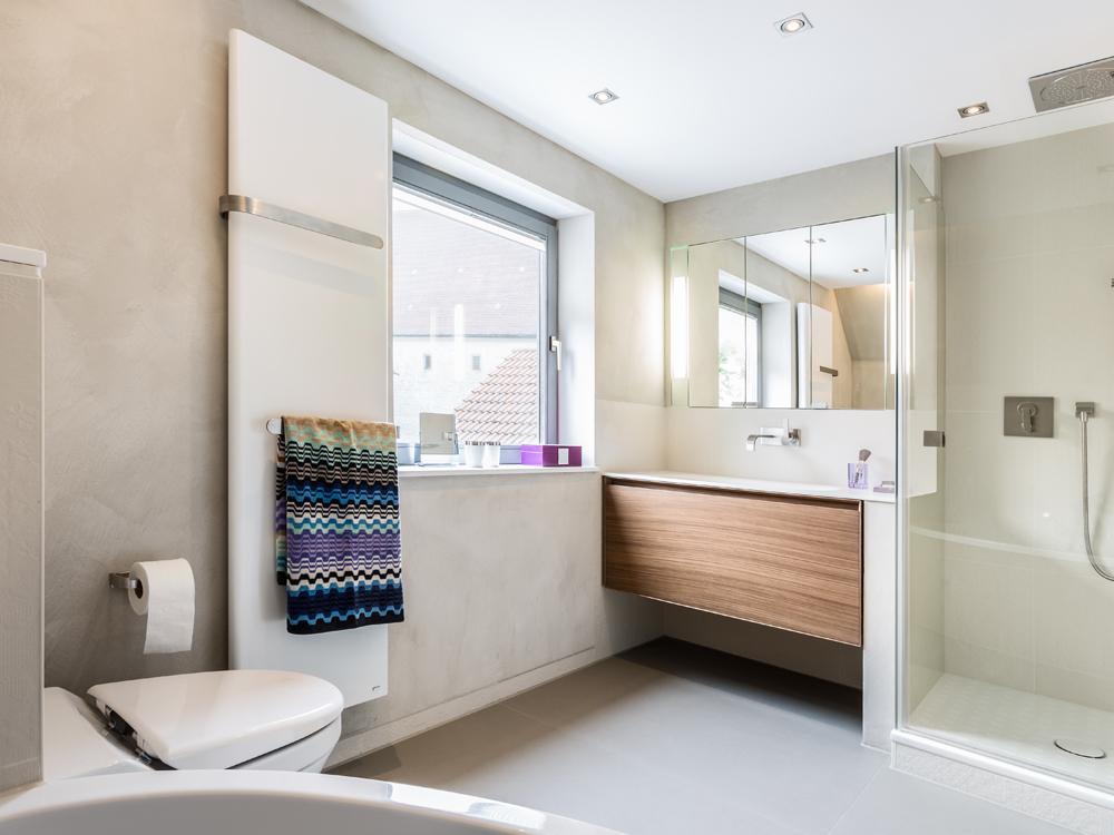 kleine b der gestalten tipps tricks f r 39 s kleine bad. Black Bedroom Furniture Sets. Home Design Ideas