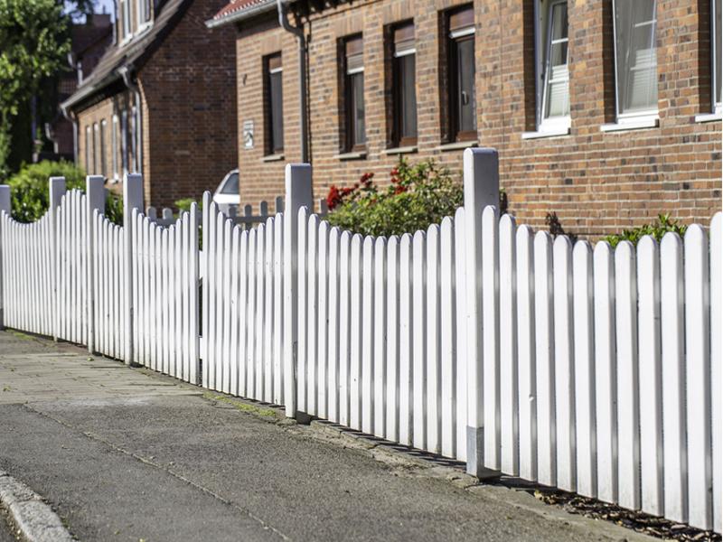 Der Zaun – Arten, Materialien, Aufbau - bauen.de