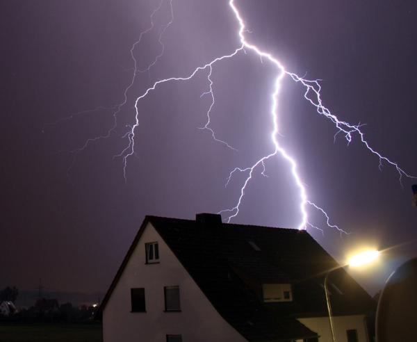 Blitzableiter Schutz Bei Unwetter Bauen De